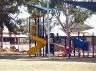 pause dans un parc de jeux