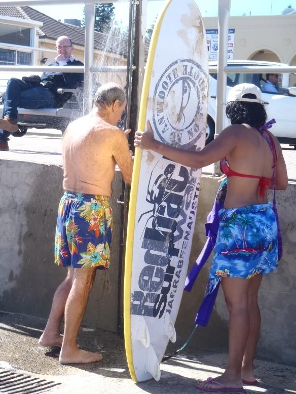 Nettoyage de surf sous les douches