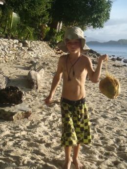 On survit grâce aux noix de cocos