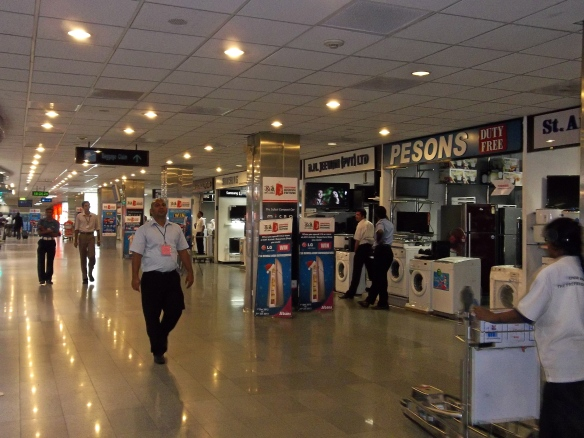 Aéroport de Colombo, électro-ménager au duty-free