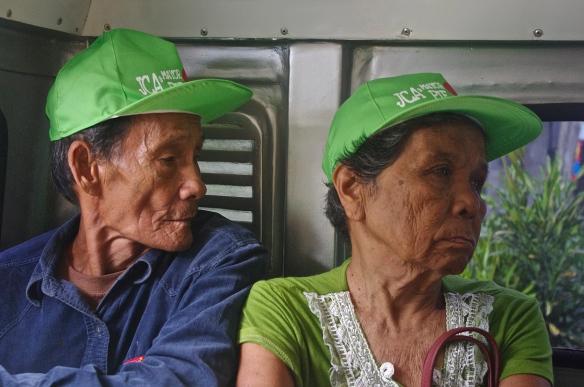 Dans le jeepney Port Barton Roxas
