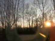 Lever de soleil dans le train (par Maceo)