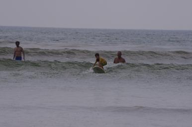 Maceo, première journée de surf